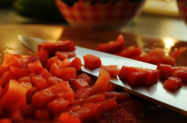Sierra de mesa de sobremesa Makita 2705 de 10 pulgadas: excelentes características, mejores cortes